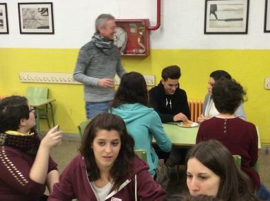 Juan José Vergara con sus alumnos de Grado Superior en el Colegio Manuel Nuñez de Arena (Pozo del Tio Raimundo en Madrid)